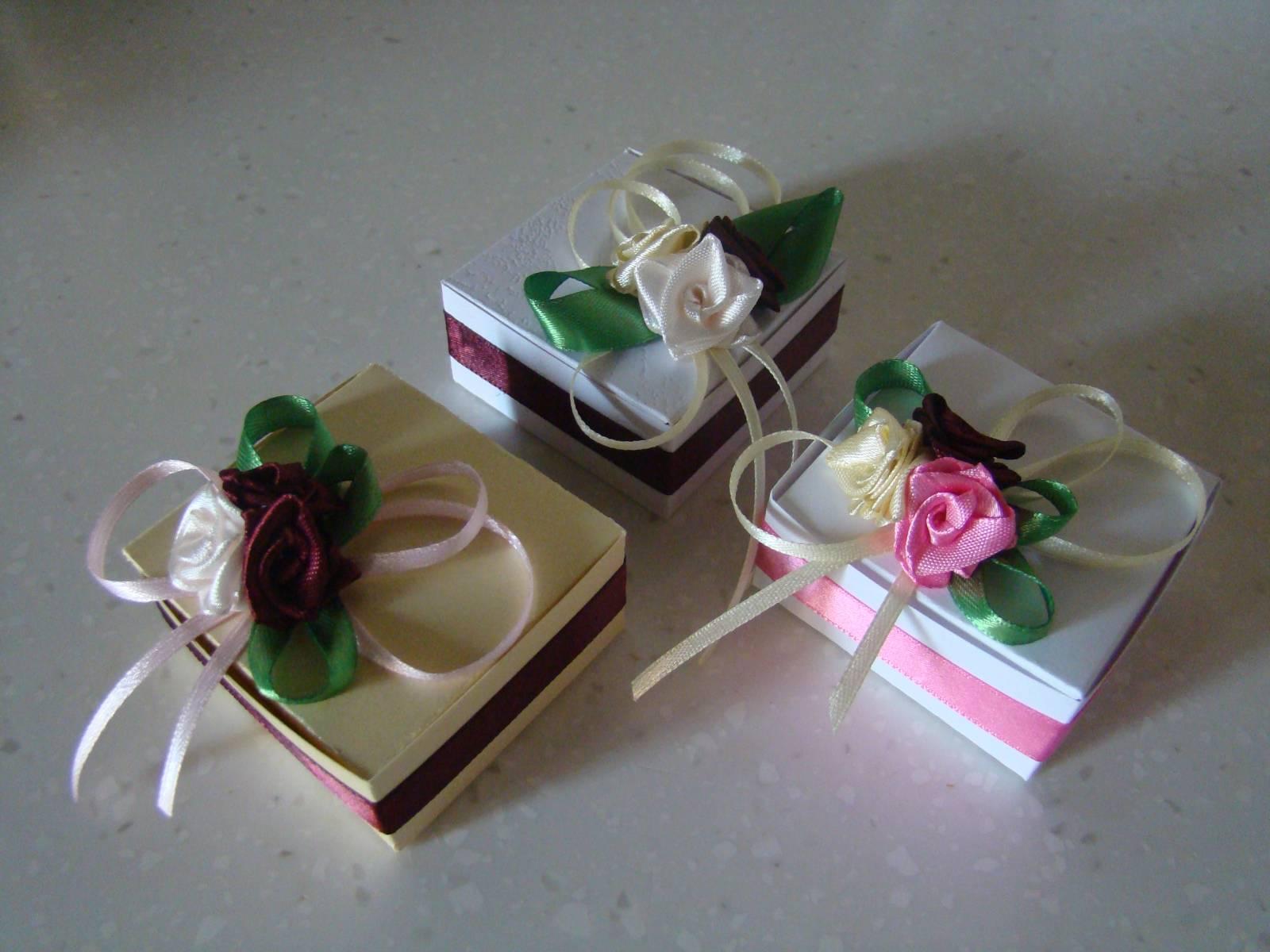 Подарки своими руками из лент